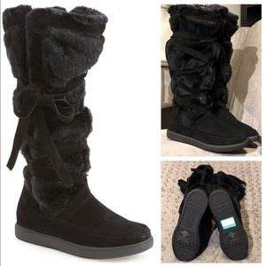 New! Report Lorrian tall boot paid $158 size 8.5
